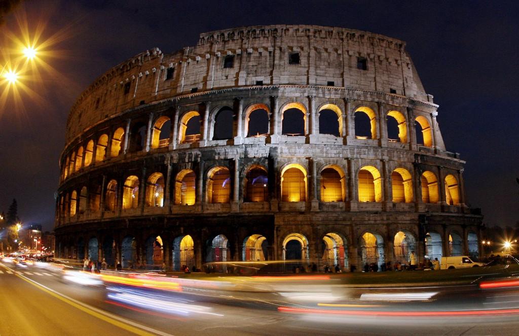 O coliseu de roma deixou de ser uma rotunda pela qual for Via lima 7 roma