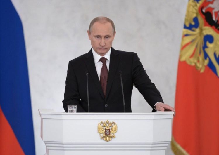 Marine Le Pen e outros líderes da extrema-direita seguem a mensagem de Putin